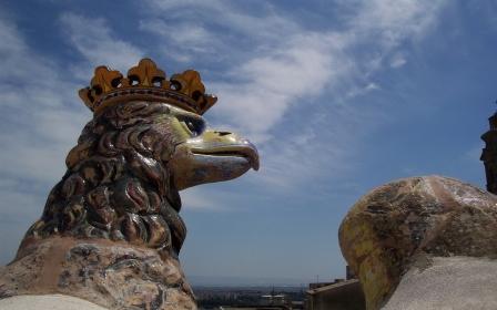 Aquila in ceramica - CALTAGIRONE - inserita il 05-Nov-08