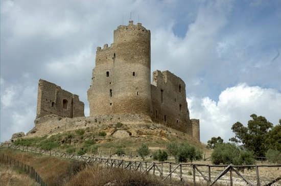 Castello - Mazzarino (3553 clic)