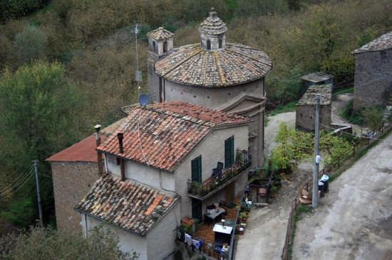 Tetti - Vignanello (3004 clic)