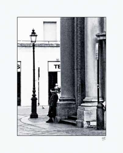 L'elemosina... - Parma (2093 clic)