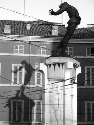 Monumento a Filippo Corridoni - Parma (3764 clic)