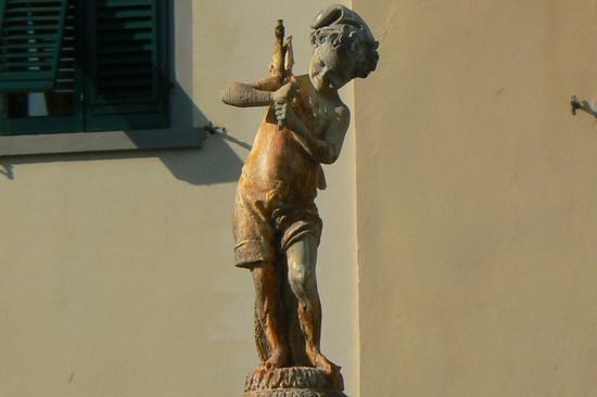 Fontana del Papero - Il Putto - Prato (1150 clic)