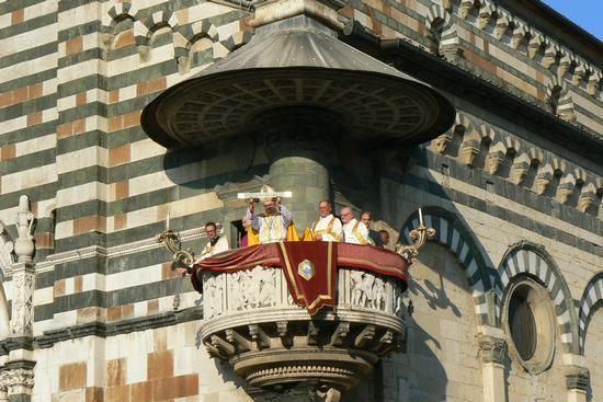 Ostensione del Sacro Cingolo 15 agosto 2013 - Prato (1679 clic)
