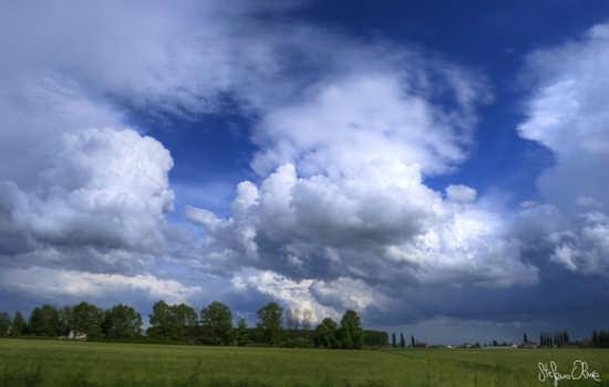 Blue sky - Medolla (2040 clic)