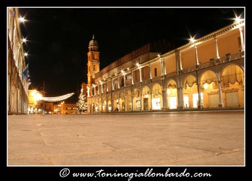 Faenza, Piazza del Popolo (6207 clic)