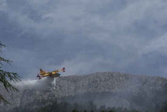 Canadair CL-415  - Celano (3026 clic)