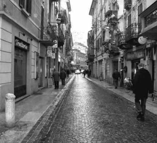 Via Milano  - Alessandria (4405 clic)