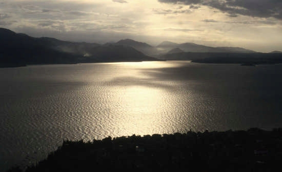Il lago di Garda al tramonto - Malcesine (2645 clic)