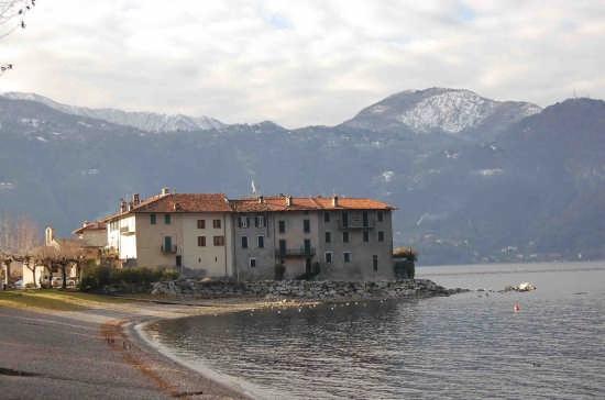 Lierna-frazione Castello (3372 clic)