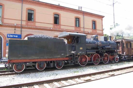 Lierna stazione locomotiva a vapore (3505 clic)