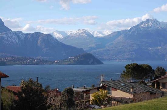 la punta di Bellagio da Lierna (3099 clic)