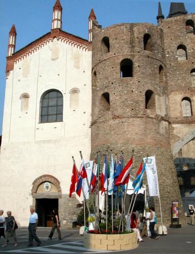 SUSA Cattedrale San Giusto e Porta Savoia (3187 clic)