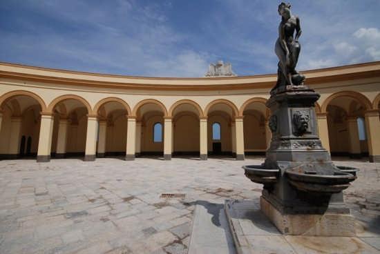 Piazza Mercato del Pesce - Trapani (6025 clic)
