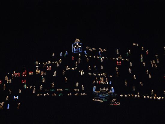 Il presepe  piu' grande del mondo visto da vicino - Manarola (4214 clic)