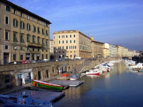 Lungo i fossi - Livorno (1155 clic)