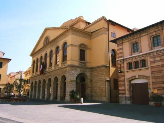 Teatro - Livorno (1221 clic)