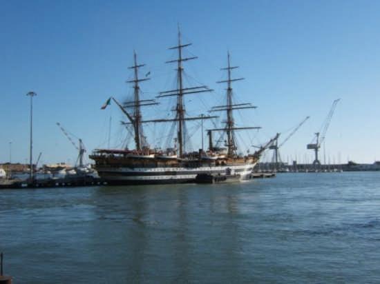 Al Porto - Livorno (1188 clic)