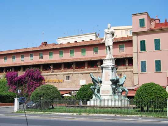 Monumento - LIVORNO - inserita il 20-Jan-10