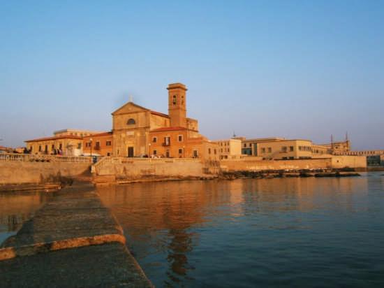 Al tramonto - Livorno (2842 clic)