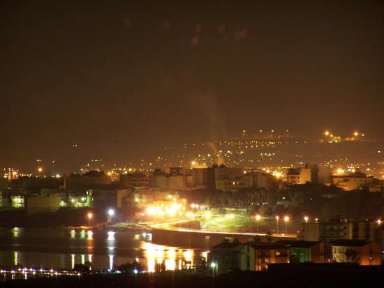 ...augusta, veduta notturna del ponte di collegamento (4617 clic)