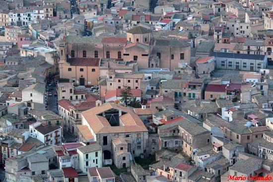 Il cuore del centro storico di Corleone... (4387 clic)