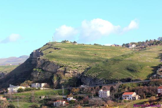 La Rocca dei Maschi a Corleone . . . (2158 clic)