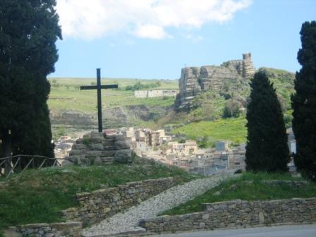 Il calvario ed il castello soprano . . . - Corleone (3707 clic)