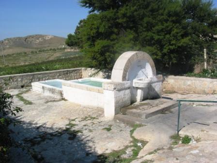 Fontana in c.da Cascio - Corleone (4158 clic)