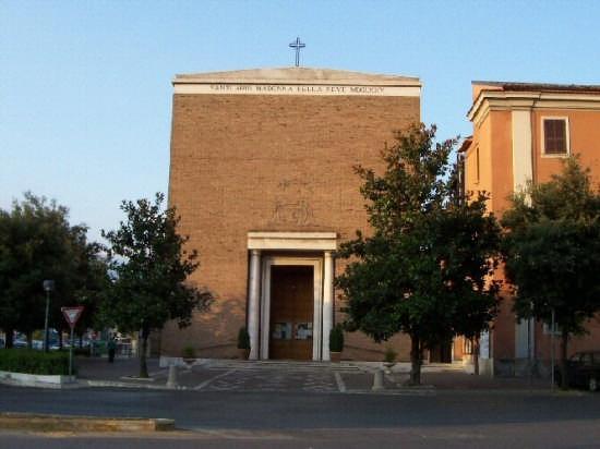 Parrocchia Santuario Madonna della Neve - Frosinone (4110 clic)