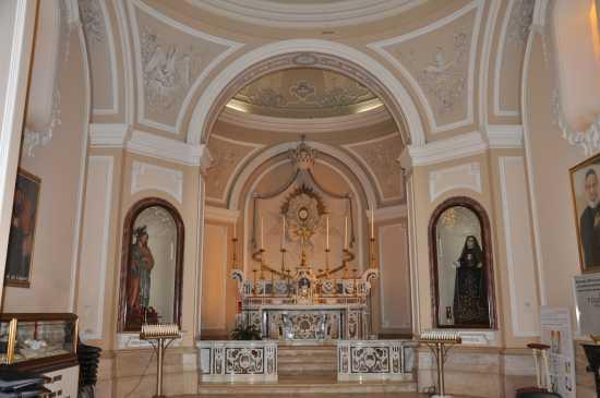altare maggiore chiesa madre - Trinitapoli (2003 clic)