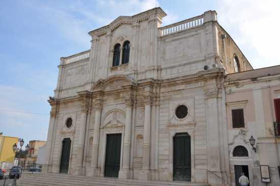 facciata chiesa madre - Trinitapoli (3024 clic)