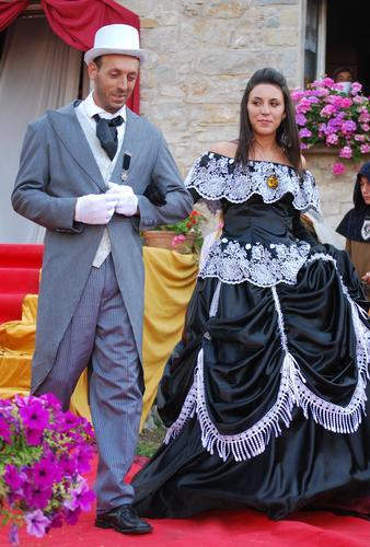 Sfilata abiti d'epoca  - Corneto (2843 clic)