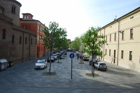 Piazza della Liberta' - Scandiano (2978 clic)
