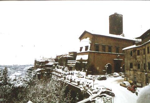 Palazzo Ruspoli  - Inverno 1981 - Nemi (2193 clic)