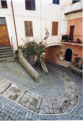 NEMI  - Scorcio di Via Solferino (2645 clic)