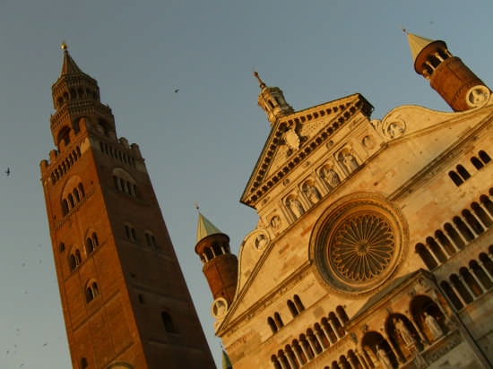 Duomo e torrazzo1 - Cremona (2963 clic)