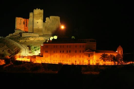 Castelvecchio detto 'U Cannuni - Mazzarino (5673 clic)
