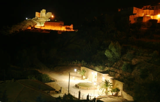 Castelvecchio detto 'U Cannuni - Mazzarino (3767 clic)