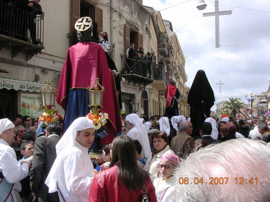 Venerdi Santo a Mazzarino (3419 clic)