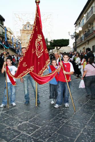 Giovani confrati - Mazzarino (2984 clic)