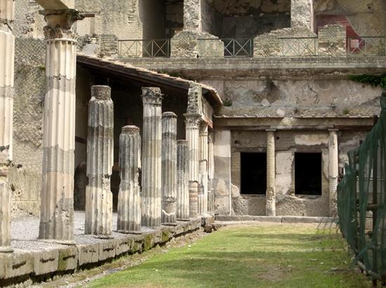 scavi di Ercolano (2771 clic)