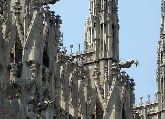 Duomo di Milano (particolare) - NAPOLI - inserita il 05-Jan-09