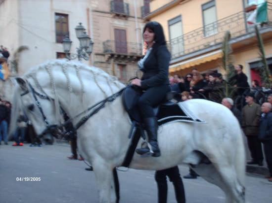 la cavalcata di S.Giuseppe - Cianciana (6476 clic)