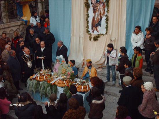 PRANZO DI S.GIUSEPPE CON LA MADONNA E GESU'  (19.03.09) - Cianciana (3427 clic)