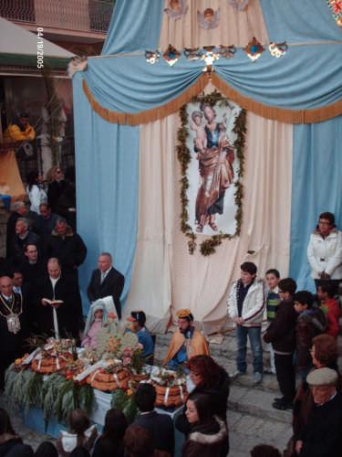 PRANZO DI S.GIUSEPPE CON LA MADONNA E GESU' (19.03.09) - Cianciana (2950 clic)