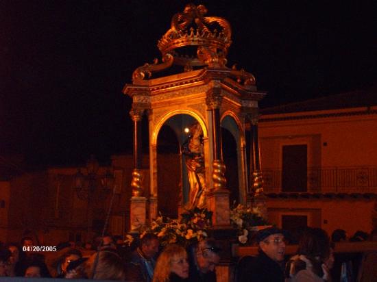 PROCESSIONE PER S. GIUSEPPE (19.03.09) - Cianciana (3241 clic)