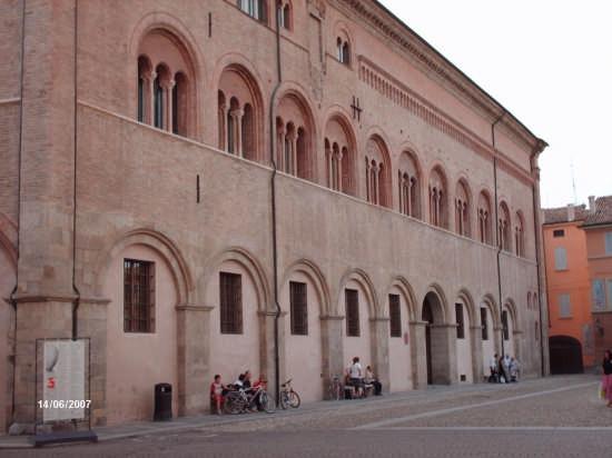IL VESCOVADO - Parma (2345 clic)