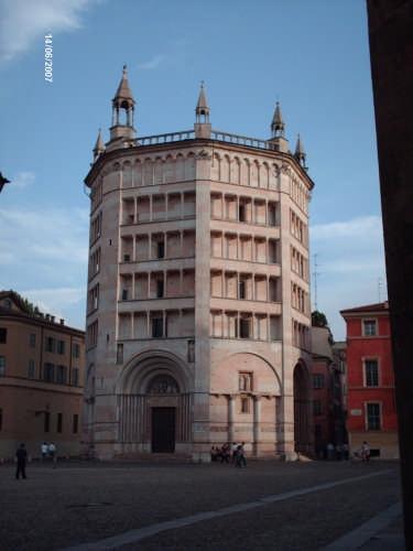 IL BATTISTERO - Parma (2462 clic)