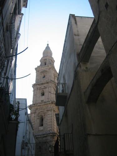 Il campanile della cattedrale - MONOPOLI - inserita il 15-Jan-09