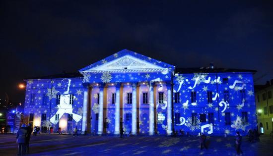 Teatro Sociale a Como (versione natalizia) (2233 clic)